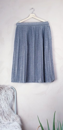 Envii kjol storlek Large