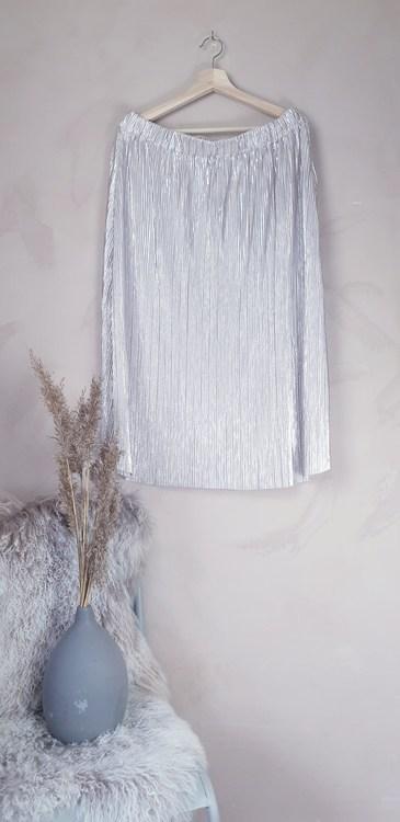 Ellos kjol storlek L/XL