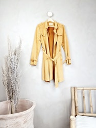 Fascinate trenchcoat storlek Medium