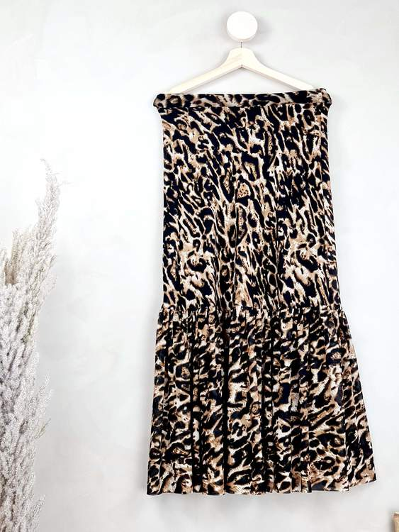 NA-KD kjol storlek XS