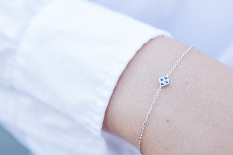 Freja armband vitguld - blå safir