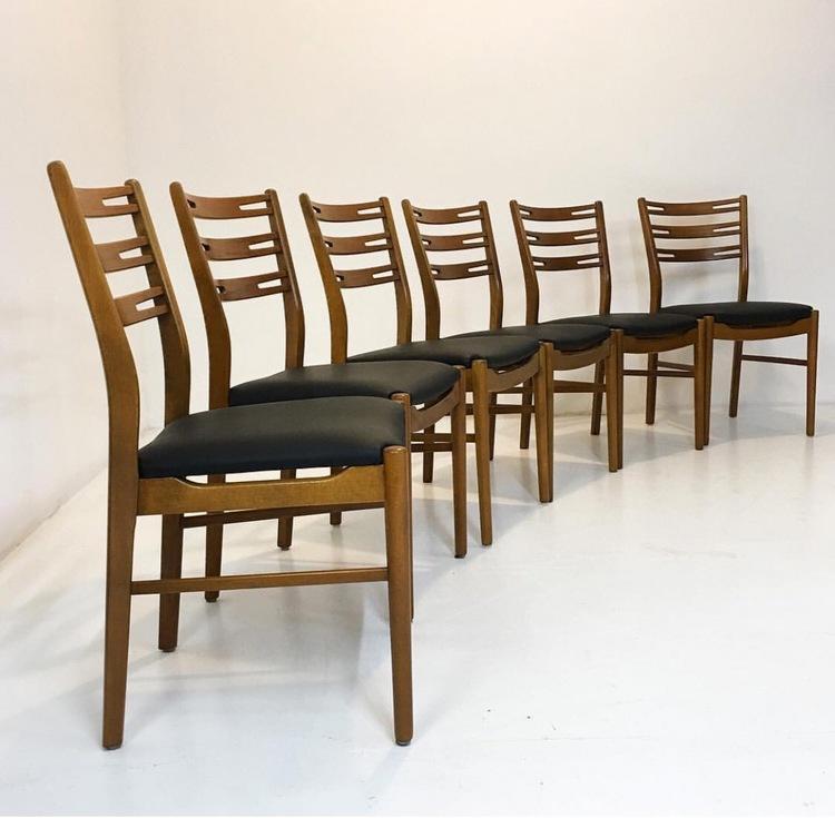 Stolar i teak  60-tal modell Della från Ikea