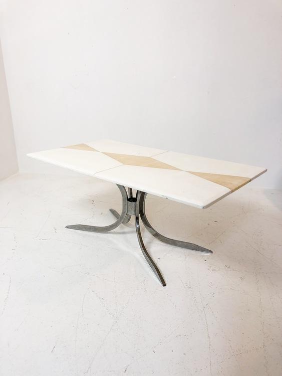 Soffbord i Marmor och krom