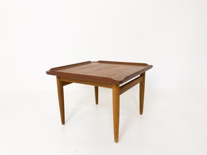Litet bord i teak och ek Kurt Østervig