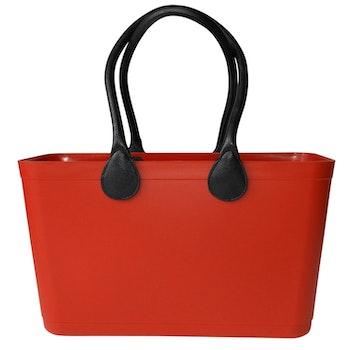 Stor Sweden Bag - Röd väska med långa läderhandtag