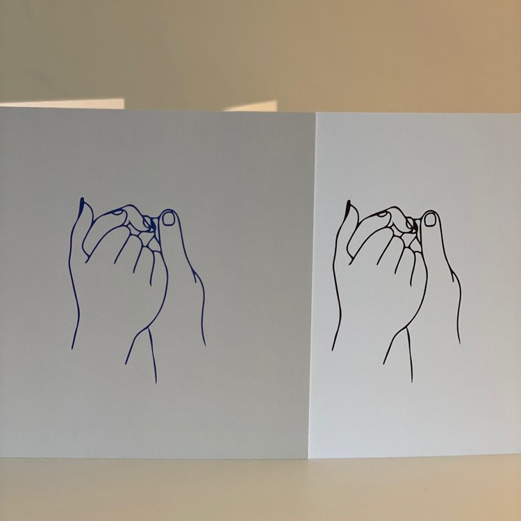 """Card: """"Hold tigh Hands"""" Black/white 15X15"""