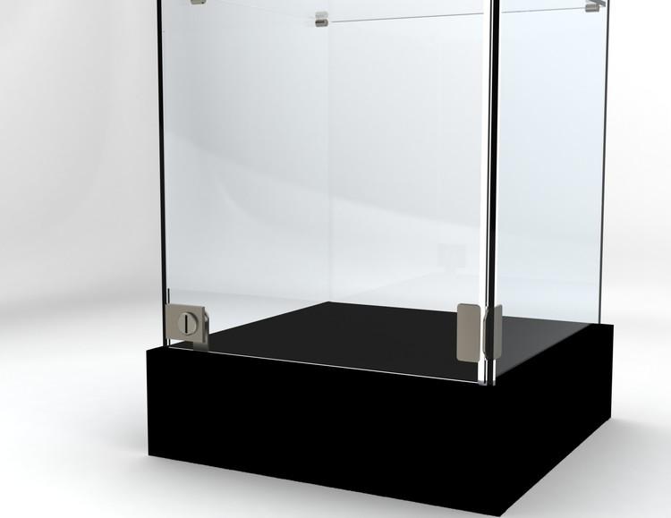 Glasvitrin BAS 40*40*92 cm med 3 cm topp