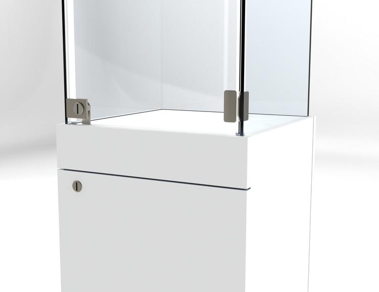 Glasvitrin BAS Förvaring 40*40*132 cm Glastopp.
