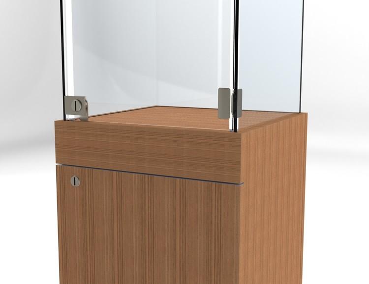 Glasvitrin BAS Förvaring 40*40*172 cm Glastopp.
