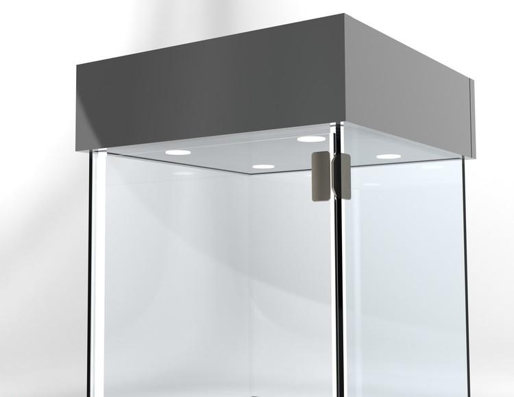 Glasvitrin BAS Förvaring 40*40*172 cm med 12 cm topp.
