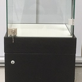 Glasvitrin med förvaring 40x40x90cm