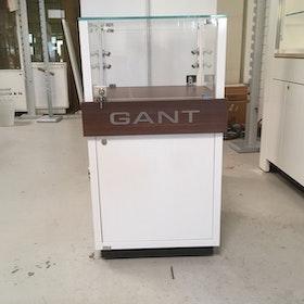 Glasvitrin Gant