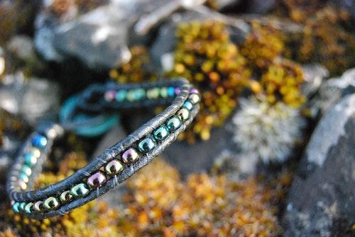 Oil Wrap Bracelet
