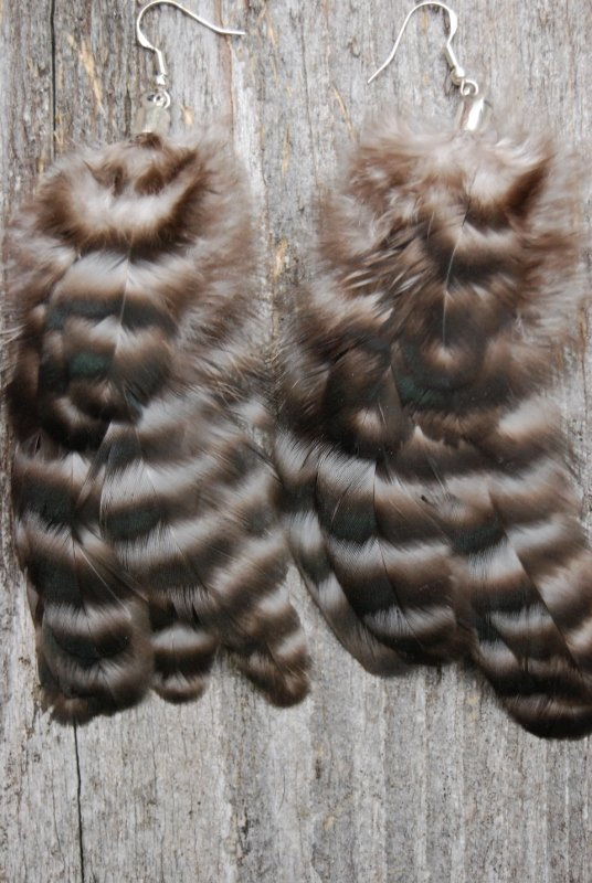 Smile Feather earrings