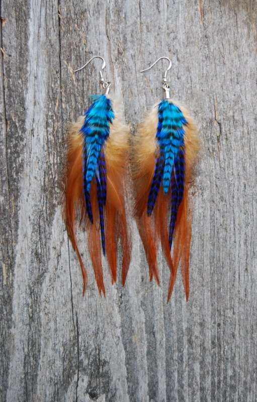 Night whisperer feather earrings