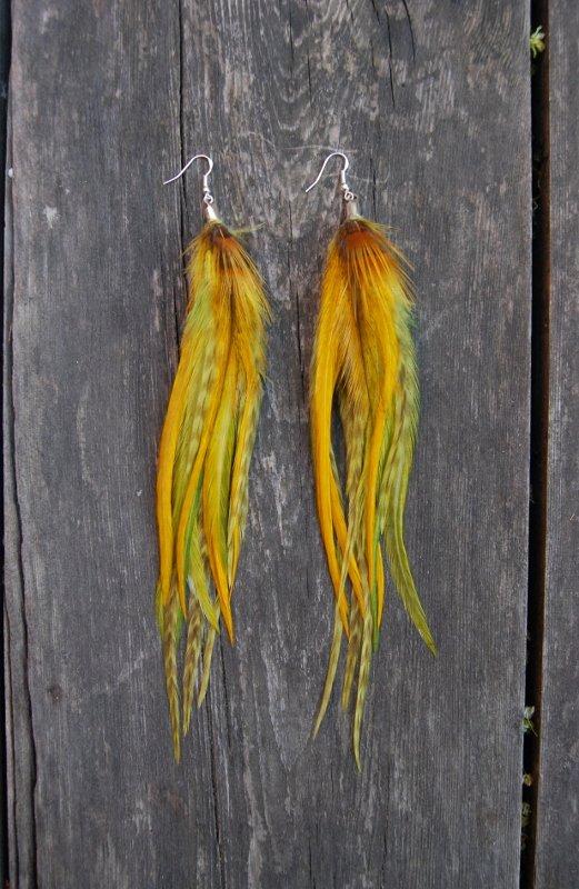 Embrace Feather earrings