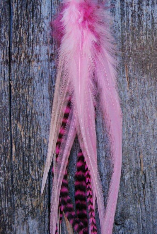 Pow Single Feather earrings