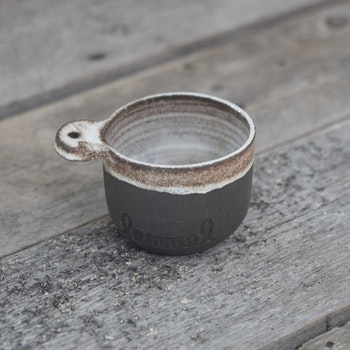 "Lemmel Kåsa ""Al"" i keramik"