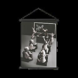KAY BOJESEN APA FOTO SKOLKLASS SVART PROFIL, 40 CM X 56 CM