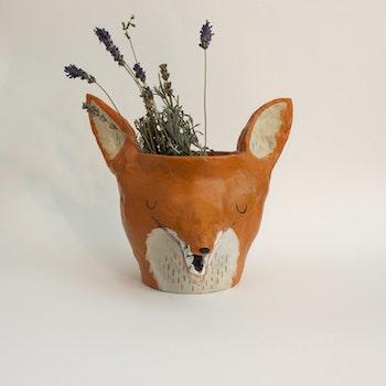 Foliage fox