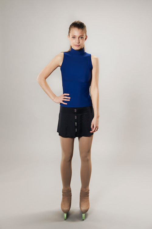 Line of 4 Tanktop Turtleneck