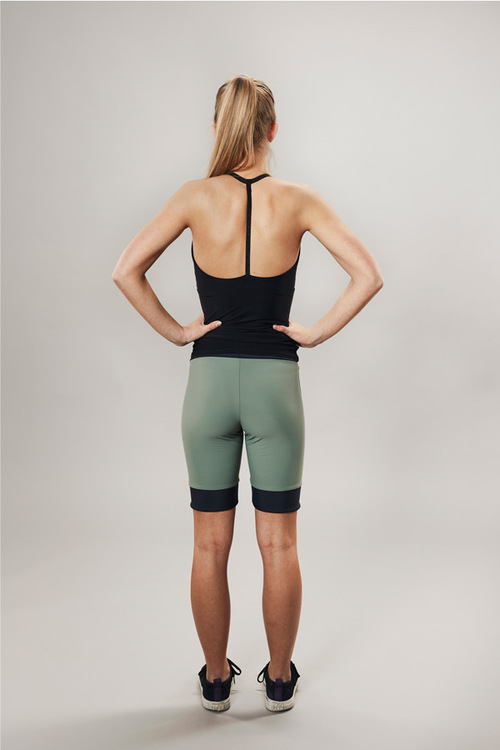 cyclist shorts for training - green - passionice - front
