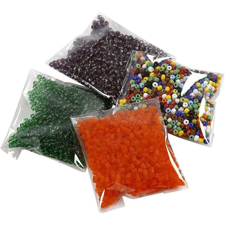 Glaspärlor, olika form och färg