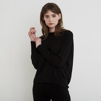 MAJA. Sweater in 100% cashmere. Black.