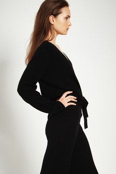 JENNI. Wrap cardigan. Black.