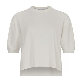TORA. T-shirt in oversized model. White.