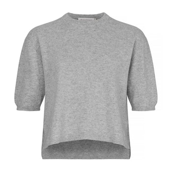 TORA. T-shirt in oversized model. Light grey.
