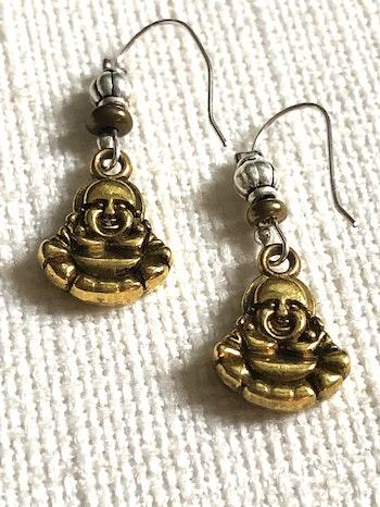 Happy earring