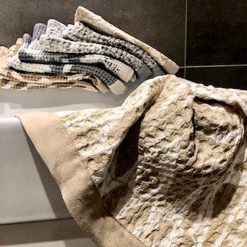 handduk och tvål STENSÖTA