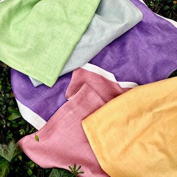 handdukar enfärgade